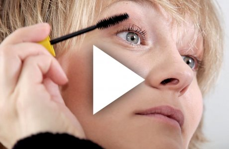 Weekendlook / Natural daytime make-up and hairstyling for short hair